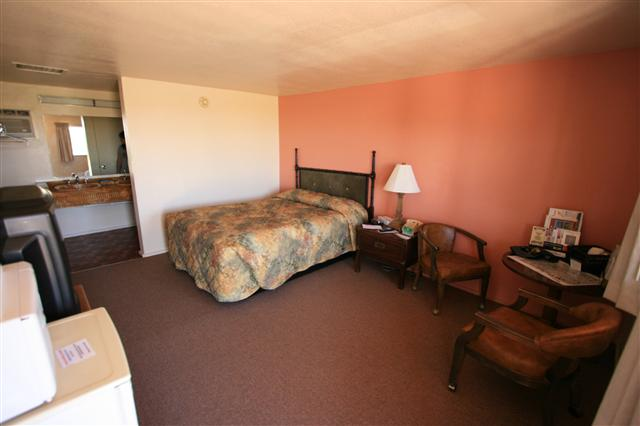 Lalas reisen escalante motels for Circle d motel
