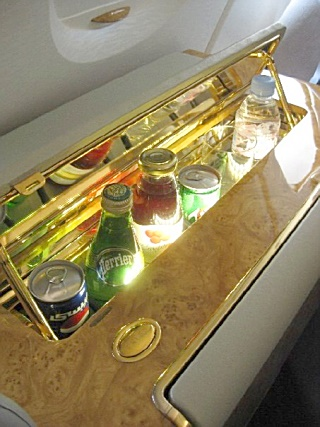 Emirates A 380 - First Class Mini Bar