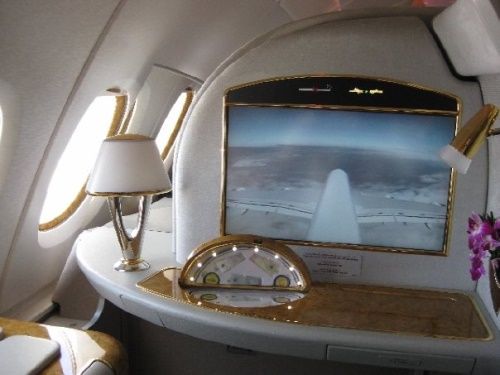Emirates A 380 - First Class Suite