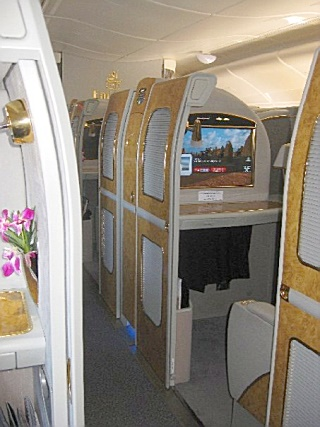 Emirates A 380 - First Class Suite 3