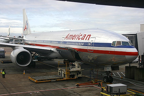 American Airlines -. Boeing 777