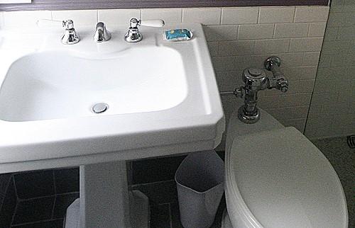 it 39 s up to uli new york city. Black Bedroom Furniture Sets. Home Design Ideas